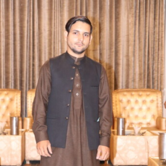 Profile picture of MUHAMMAD AWAIS