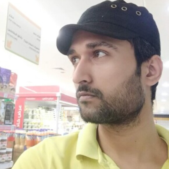 Profile picture of Amir